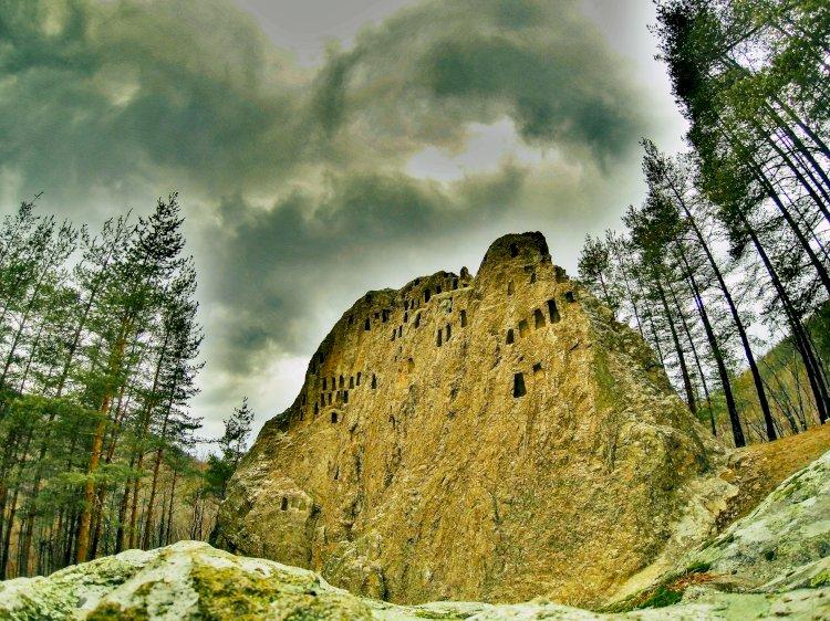 Орловите скали край Ардино