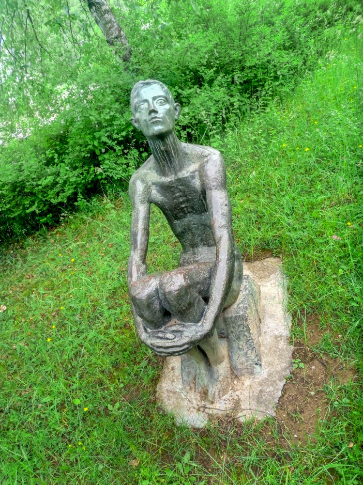 Паметник на Вилиан Стефанов в Смолян - Нов център